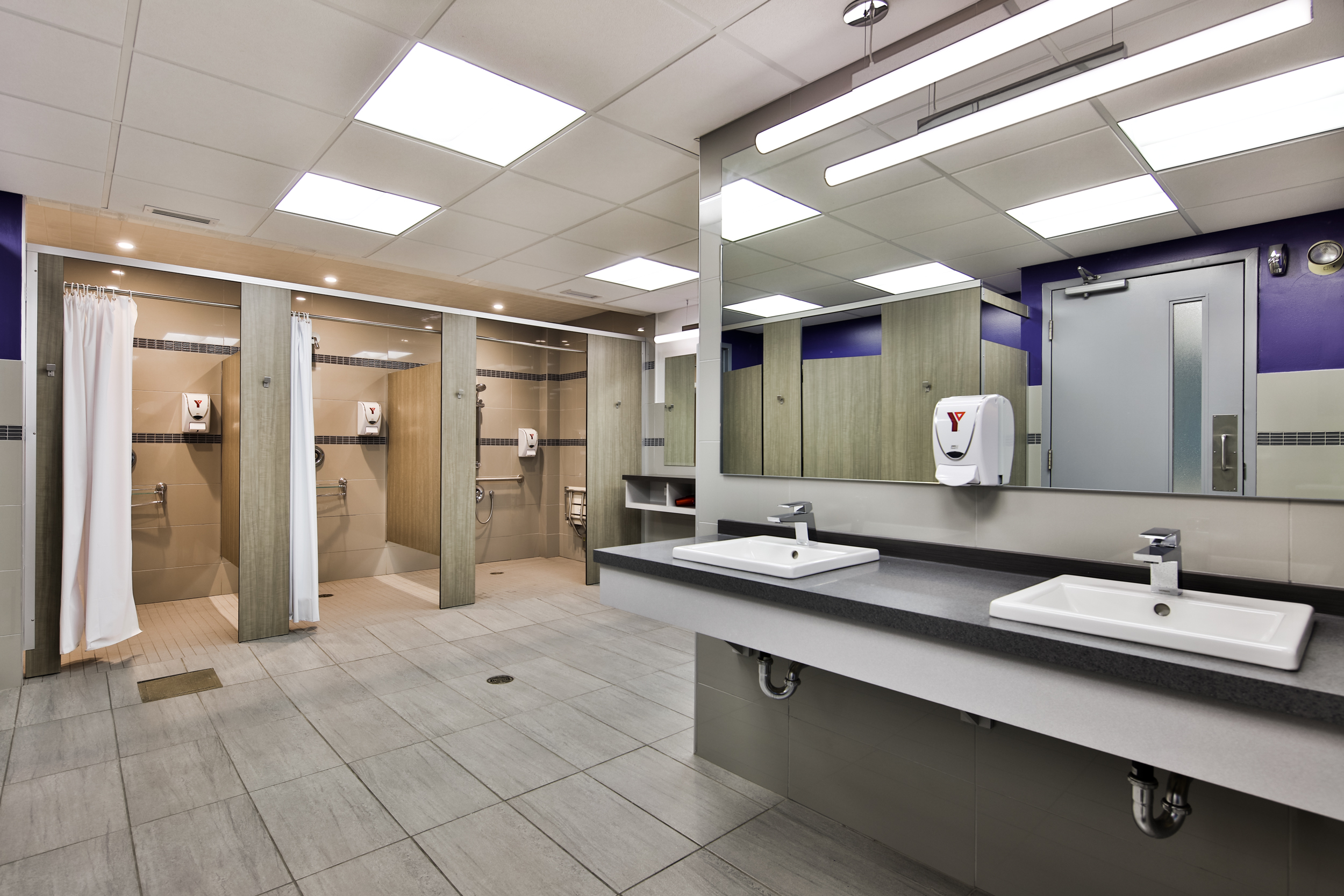 Conception Uni-d | Project YMCA Westmount - Changing room